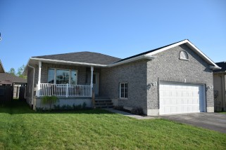 5 Forest Valley Dr, Quinte West - Frankford Ontario, Canada